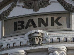 fronte banca